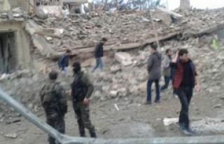 Hainler Bombalı Araçla Saldırdı: 2 Şehit