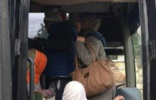 Foça'da 42 kaçak ve 2 organizatör yakalandı