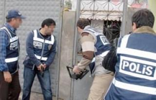 Hacıhüsrev'e 'Şafak' Operasyonu