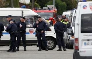 Fransa'da suikastçı yakalandı