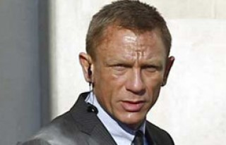 James Bond Setinde Bomba Alarmı!