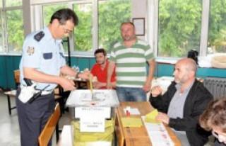 Doğu Karadeniz'de Oy Verme İşlemi Sürüyor