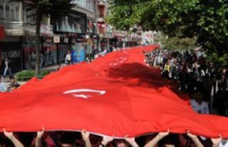 Samsun'da 1919 Metrelik Türk Bayrağı
