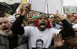 Mısır'da Ortalık Karıştı