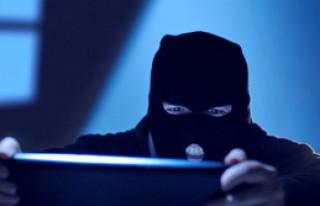 Hırsızlar Gizli Servisin 'Fişini' Çekti
