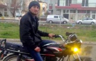 Motosikletin Sürücüsü Öldü