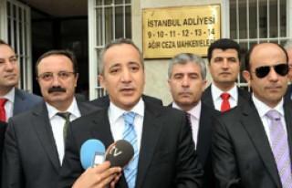 Beşiktaş Adliyesi'ne Veda Ettiler