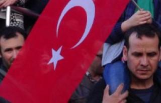 İzmir'de Zaman Protestosu