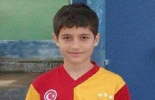 14 Yaşındaki Futbolcu İnşaattan Düşüp Öldü
