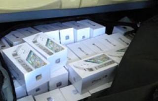 Kapıkule'de 98 Kaçak Telefon Ele Geçirildi