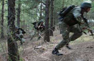 Teröristlerle Çatışma: 3 Asker Şehit