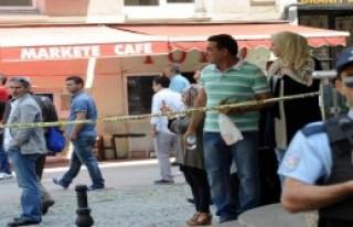 Beyoğlu'nda Şüpheli Çanta Hareketliliği