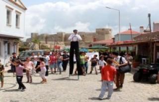 Bozcaada'da Tiyatro Festivali Heyecanı