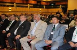 Bursaspor Divan'da Yeni Başkan İdris Sevinç