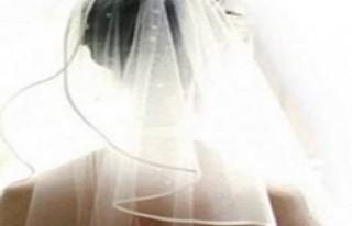 Sevgilisine Geldi, Kardeşiyle Evlendi