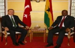 Erdoğan Gana'da Törenle Karşılandı