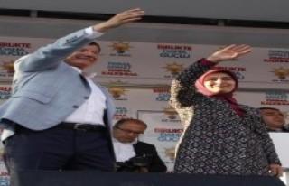 Davutoğlu: Vallahi O Tır'lar Türkmenlere Gidiyordu