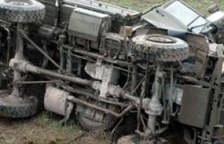 Halat Koptu Askeri Araç Yola Düştü