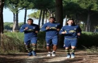 Fenerbahçe Kros Çalışması Yaptı