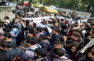 Marmara Üniversitesi Karıştı