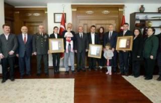 Denizli'de Devlet Övünç Madalyası