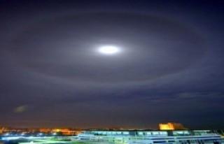 Gökyüzünde 'Süper Ay' Gecesi