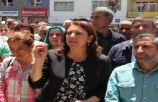 Hakkari'de Diyarbakır'daki Saldırı Kınandı