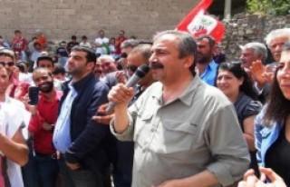 'HDP Bu Seçimde Tarihi Bir Şans'