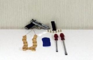 Hırsızlık Şüphelisi 3'ü Kardeş 4 Kişi Yakalandı