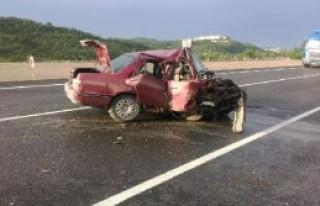 Kastamonu'da İki Otomobil Çarpıştı