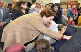 Meral Akşener Elazığ'da Coşkuyla Karşılandı
