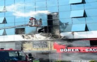 Mhp İstanbul İl Başkanlığı'nda Yangın Paniği