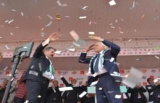 Mustafa Destici'den, Davutoğlu'na: Vay Senin Profesörlüğüne