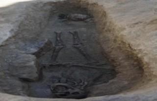 Nevşehir'de 800 Yıllık Mezar Bulundu