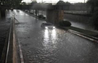 Nazilli'de Sağanak Yağış