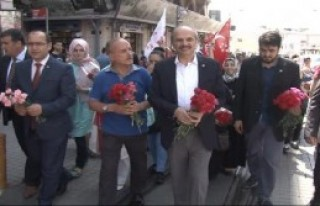 SP Ve BBP'den Taksim'de Sevgi Yürüyüşü