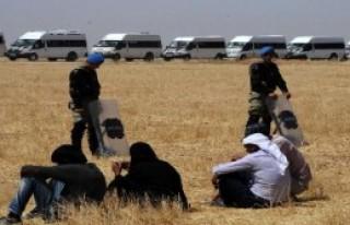 Suriyelilerin Akçakale'ye Geçişleri Devam Etti