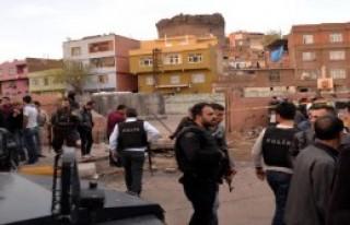 Duvar Yıkıldı; 2 Çocuk Öldü