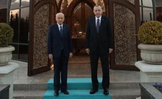 Erdoğan ve Bahçeli, Özbek Otağı'nda iftar yaptı