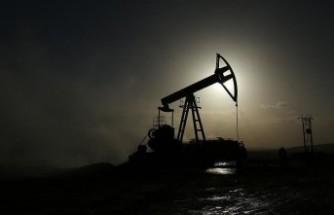 Petrol ve altın fiyatları geriledi