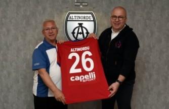 Altınordu'da Ahmet Dereli sezonu kapattı