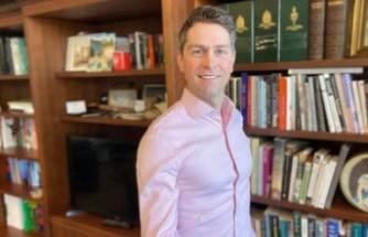 Kanadalı milletvekili sanal toplantıda çıplak yakalandı