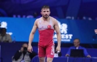 Türkiye'ye güreşte altın madalya