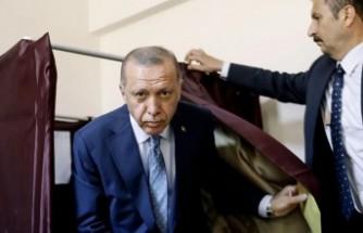 Ünlü anketçi bombayı patlattı: İstanbul seçimi Erdoğan'a ders olmamış!