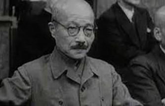 İdam edilen Japonya Başbakanı Tojo'nun külleri okyanusa atılmış