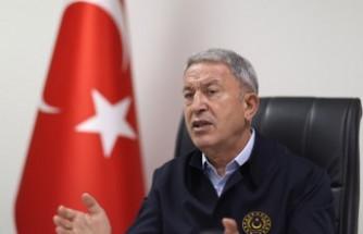 Bakan Akar'da Yunanistan'a 'silahlanma' tepkisi