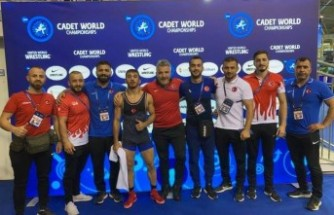 Dünya Yıldızlar Güreş Şampiyonası'nda 8 madalya