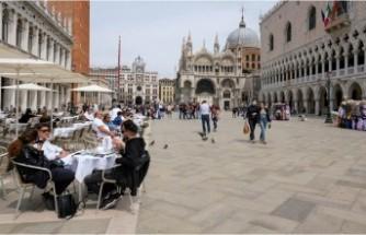 İtalya'dan Covid-19 raporu: Ölenlerin yüzde 99'u tam aşı olmadı