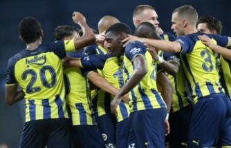 Fenerbahçe, Dinamo Kiev berabere kaldı
