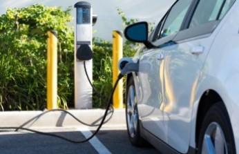 """""""Elektrikli otomobillerin hem üretimi hem satışı desteklenmeli"""""""